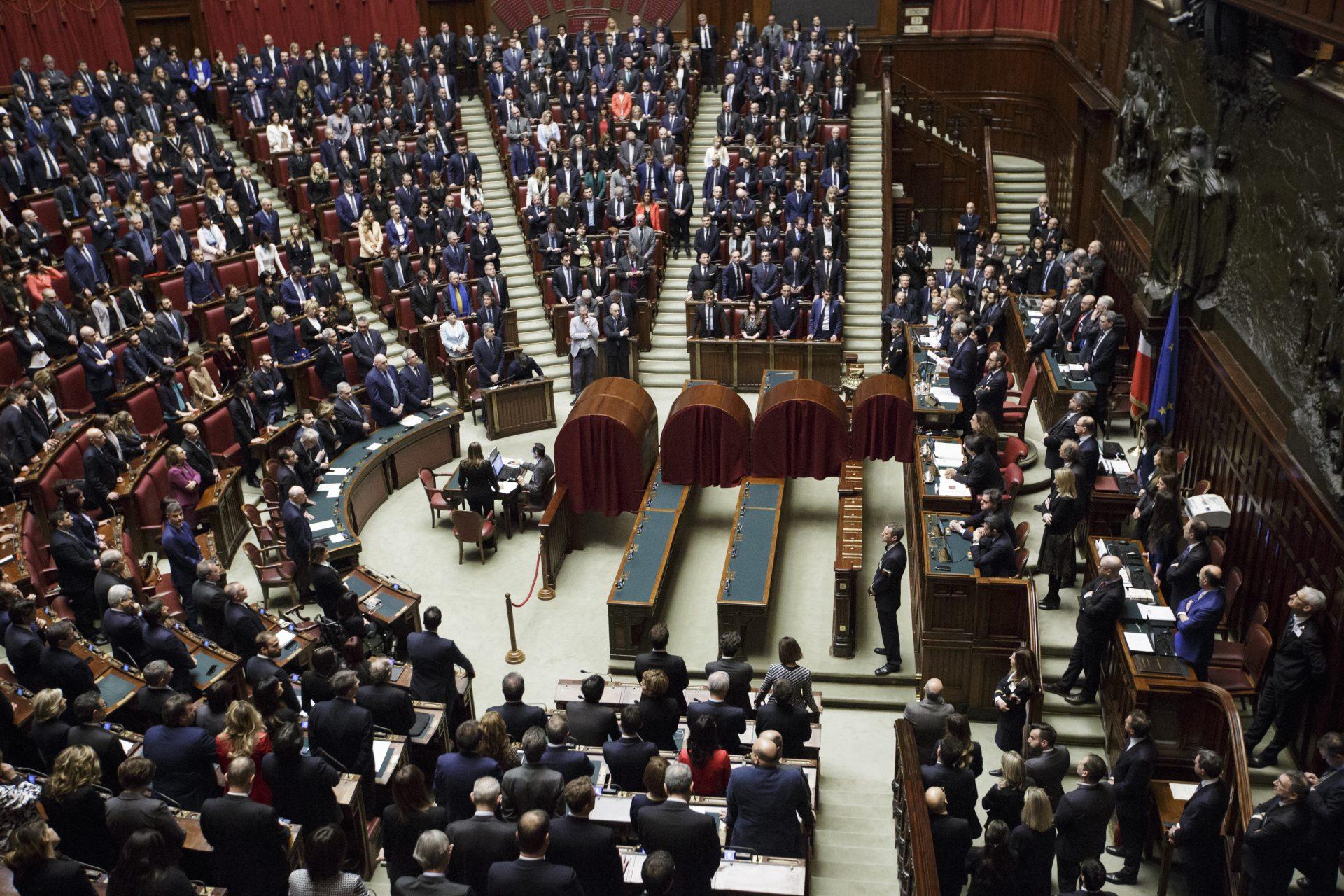 Il caricometro della xviii legislatura openpolis for Senatori quanti sono